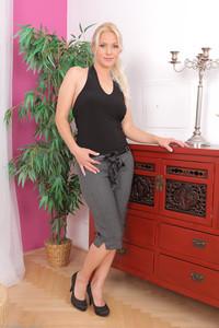 Kathy Anderson @ll 0v3r 30 - Elegant Ladies