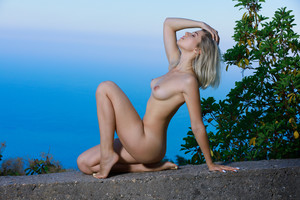 Libby – Nature Pose 03-21m6vxebty6s.jpg