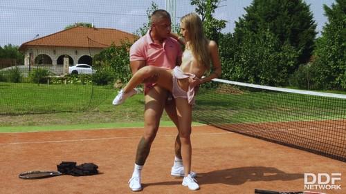 HandsOnHardcore 19 03 30 Tiffany Tatum She Goes For Penis Instead Of Tennis XXX 2160p MP4-KTR
