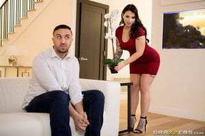BigButtsLikeItBig-Ivy-Lebelle-Butt-Dialing-Babe-Apr-6-l6w9op51kh.jpg