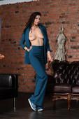 Suzanna A – I Mean Business 04-16-o6ww0h1wwi.jpg