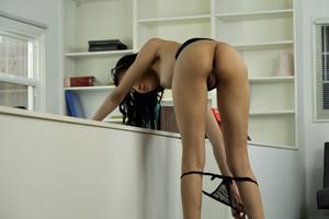 Scarlett-Bloom-%E2%80%93-Office-Manager-04-17-m6xa7ag2iy.jpg