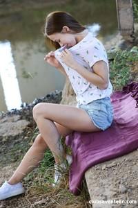 Nata-Ocean-Gorgeous-Teen-Finger-fucks-Herself-in-Public-04-25-l6x1gr2p6s.jpg