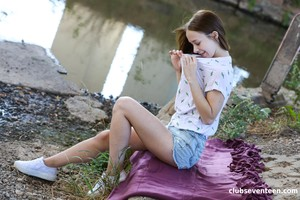 Nata-Ocean-Gorgeous-Teen-Finger-fucks-Herself-in-Public-04-25-y6x1gr1h7w.jpg