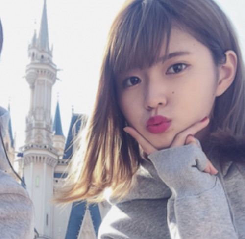 【オボワz☆ 投稿作品】♀モデルを目指す18歳美女のフェラ 口内発射! 個人撮影