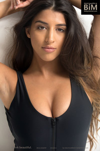 Alexa-sexy-brunette-i7bbgsl34h.jpg