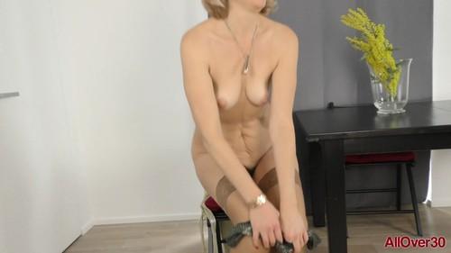 AllOver30 19 06 19 Diana V Interview XXX 1080p MP4-KTR