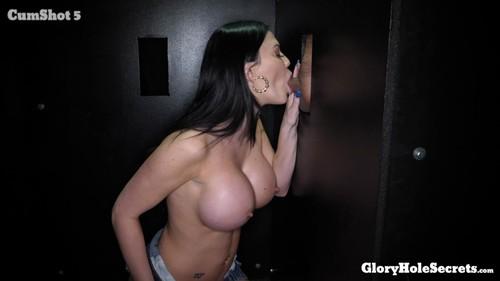 GloryHoleSecrets 19 06 28 Jasmine Jae First Glory Hole XXX 1080p MP4-KTR