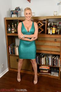 Maria Menendez @ll 0v3r 30 • Elegant Ladies