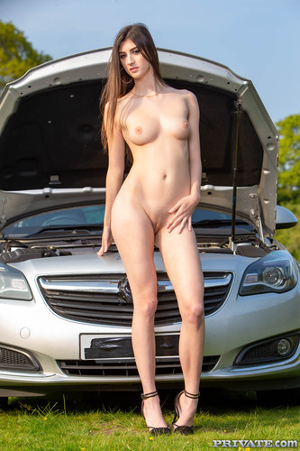 Private - Lina Luxa Enjoys Anal In The Great Outdoors (1080p)