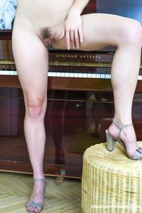 Alecia-Fox-Hot-blonde-Teen-Spreading-her-Legs-08-19-p7divjk2jq.jpg