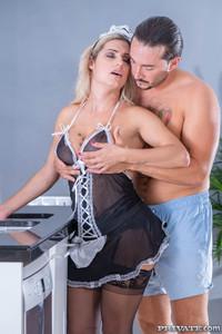 Mia-Linz-Sexy-Maid-Debuts-with-DP-Threesome-10-11-j7ev20jq4x.jpg