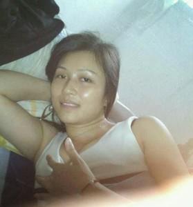 Mahasiswi Jakarta Suka Bugil Sebelum Ngeseks